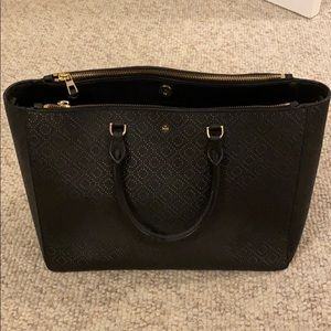 Tory Burch Perforated Robinson Shoulder Bag